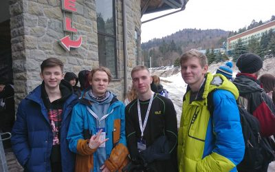 Dzis zawody w narciarstwie biegowym. Chłopcy nie biorą w nich udziału- dziś tren…