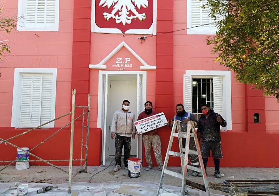 Elewacja Domu Polskiego w Berisso już odmalowana!